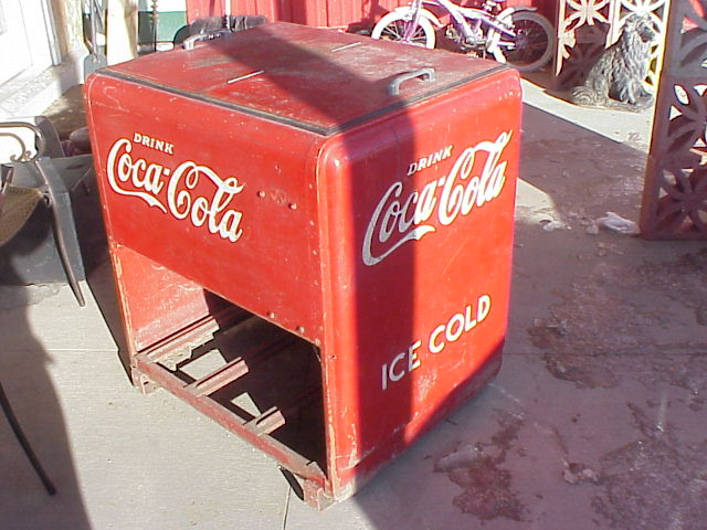 Vintage westinghouse 2 door coca cola coke ice box chest for 1 door retro coke cooler